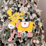 Lovely Wooden Painted Elk Shape Pendant Christmas Tree Ornament (JM01628)