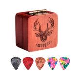 Muspor Wood Pick Storage Box+5pcs Ukulele Electric Guitar Picks (Reindeer)