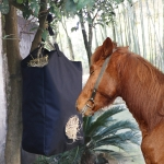 2 PCS Hay Bag Feeding Horse Bag Stable Large Bag Convenient Horse Straw Bag